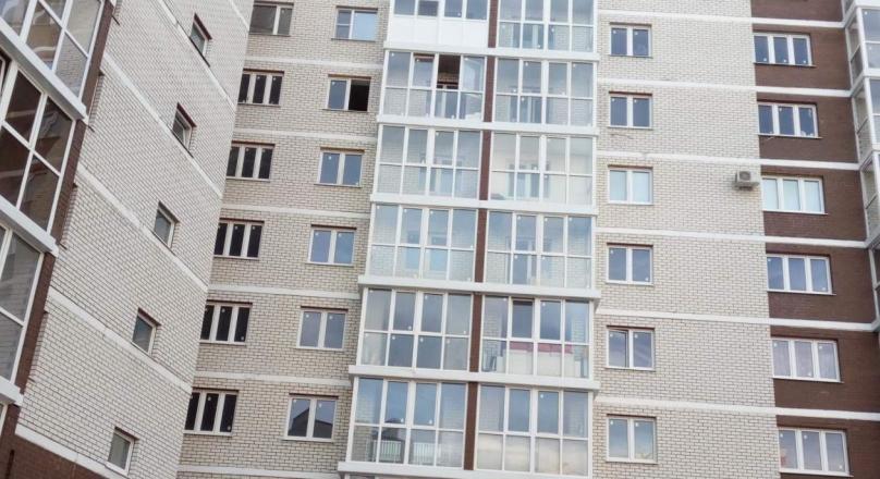 Продажа трехкомнатной квартиры в  ЖК