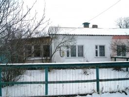 Дом 100 кв.м. на участке 50 соток